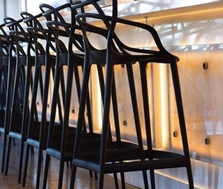 Barové židle a stoly