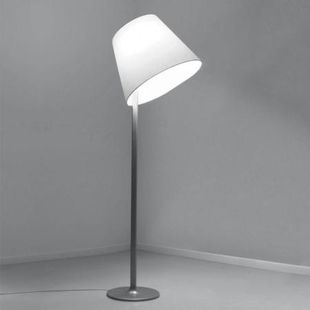 Artemide – stojací lampa Melampo šedá