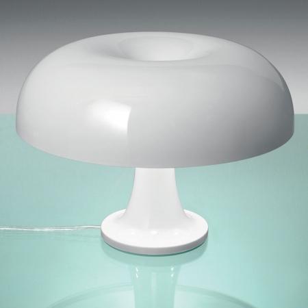 Artemide – stolní svítidlo Nessino bílá