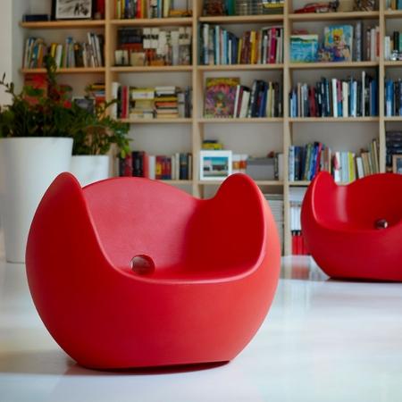 Křeslo Blos červené, Slide design