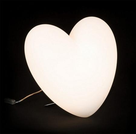 Svíticí srdce Love bílé, SLIDE Design