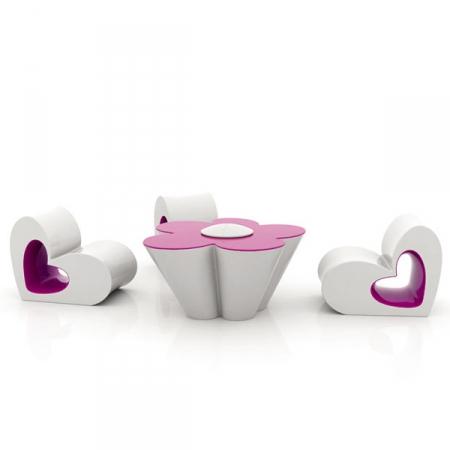 Vondom - dětský stolek Agatha Tables otvorem pro pastelky